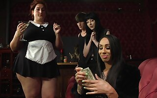 Kinky threeway play featuring fabulous Charlotte Sartre and Honey Foxxx