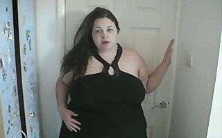 Very big bouncing big beautiful woman mambos