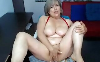 bigtitsxu amateur record on 07/13/15 20:43 from MyFreecams