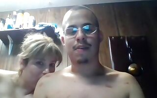 jesush05 amateur record on 05/14/15 22:37 from Chaturbate