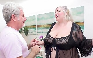 BBW Genevieve LaFleur Massage Square Relaxation