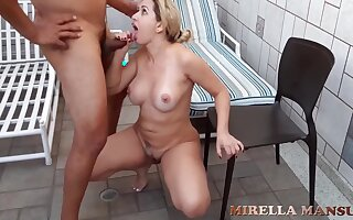 bazaar milf chiefly the pool - Thick