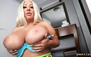 oily self-fuck involving fat slut Stassi Rossi