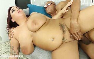 Obese MILF Kendra Lee hard xxx clip