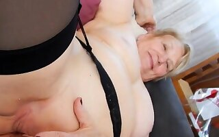 Hot granny get their way delicious pussy fingered