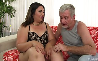 Age-old sponger fucks BBW relative to the pest together with cums relative to her brashness