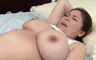 BBW Japanese chick giving a titjob with her large pair - Hagi Azusa