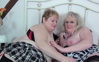 Lesbos approximately action wearing stockings - Claire Manly & Fiona Manly